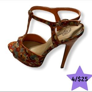 Paprika Orange Floral Stiletto 6M Pump Heels